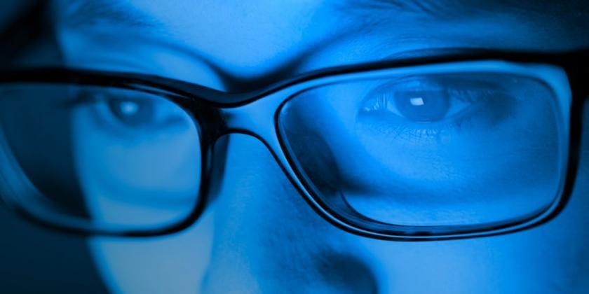 """Što je """"plavo svjetlo"""" i kako zaštiti naše oči.."""
